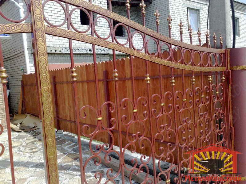 металлическая дверь в загородный дом солнечногорск
